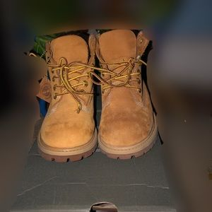 *Authentic* Timberlands